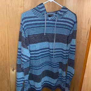 Men's Long-sleeve striped shirt with hood
